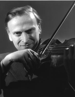 Yehudi Menuhin photographed by Angus McBean. Copyright: EMI Music Ltd